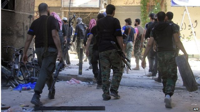 Rebel fighters in Yarmouk refugee camp (Sept 2013)