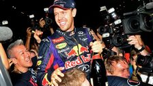 Vettel wins world title
