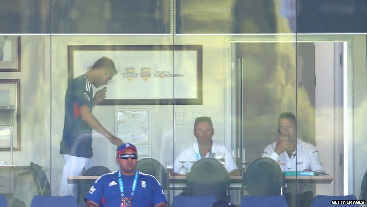 Stuart Broad prepares to leave the ground