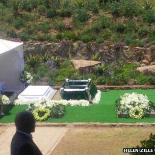 Mandela gravesite