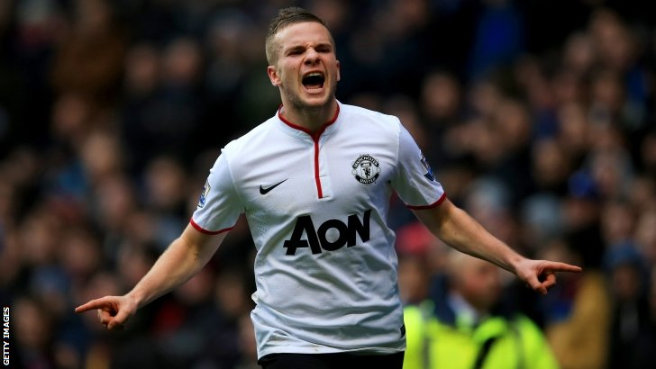 Tom Cleverley celebrates scoring for Manchester United