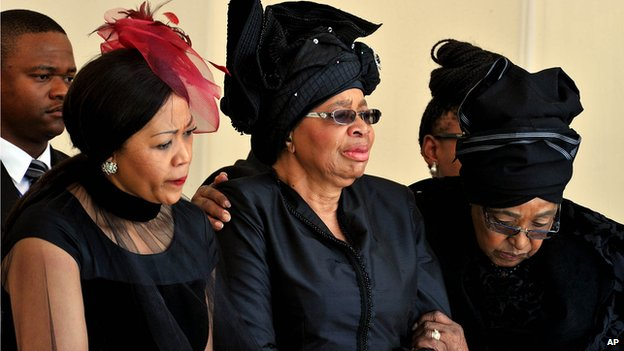 Tobeka Zuma, Graca Machel and Winnie Madikizela-Mandela (15 December 2013)