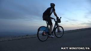 Cyclist Richar Benson on Mont Ventoux