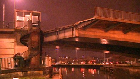 Stuck bridge