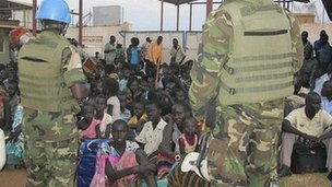 Civilians gathered at the UN compound in Juba. 18 Dec 2013