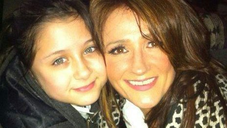 Trisha Malik with her youngest daughter Safaa
