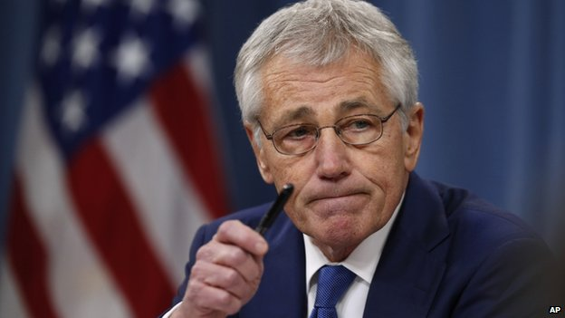 Chuck Hagel speaks at a reporters' briefing at the Pentagon, 19 December 2013