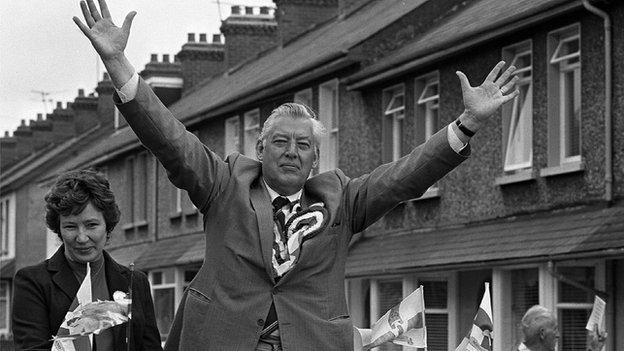 Ian Paisley electioneering in Portadown in 1984