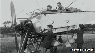 Crew prepare to launch the AD.1 airship