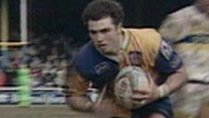 Graham Holroyd playing for Leeds