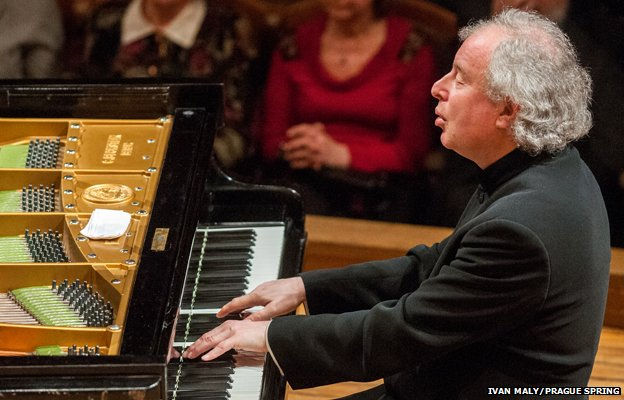 Andras schiff performs at the The Prague Spring International Music Festival in 2013. Photo: Prague Spring/Ivan Maly