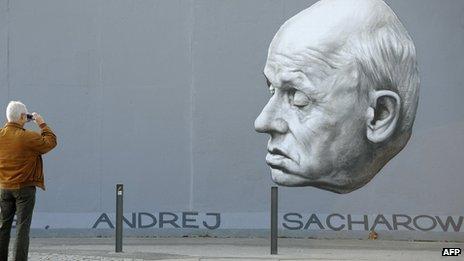 Mural of Andrei Sakharov in Berlin