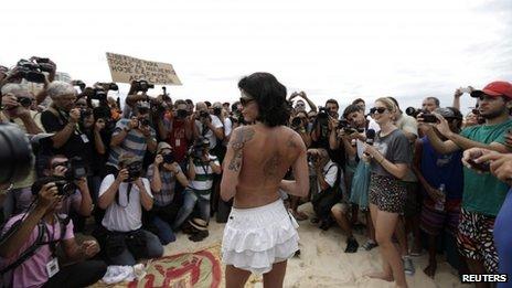 few women attend rio topless ban
