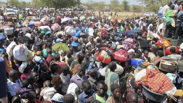 Civilians seek refuge in UN compound in Bor - 18 December