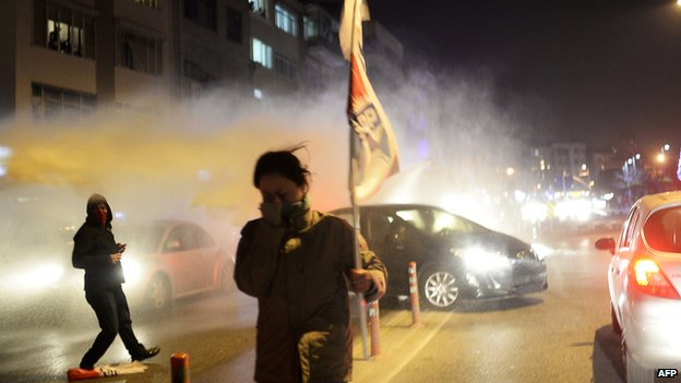 Tear gassed protesters in Istanbul