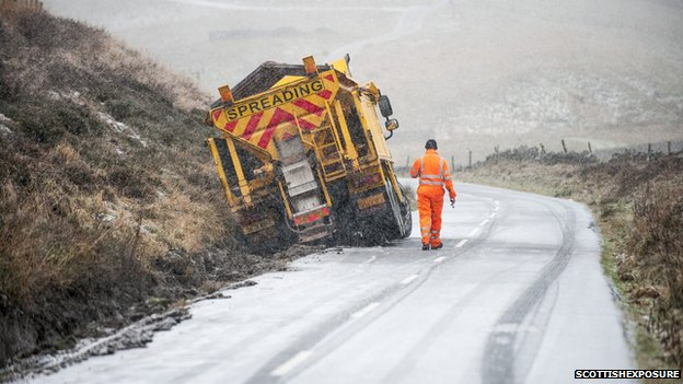 Gritter off road