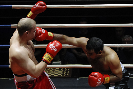 "Chernobayev of Belarus competes against India""s Shaliesh at chess boxing"