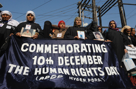 Human rights protesters in Srinagar