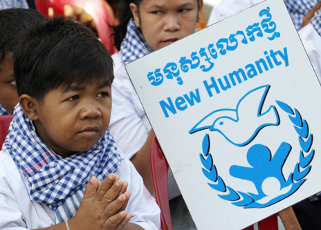 Cambodian child marks International Human Rights Day