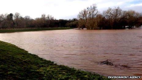 Kempsey field under water