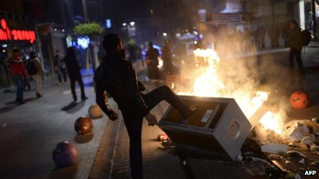 Protests in the Kadikoy district of Istanbul, 25 Dec
