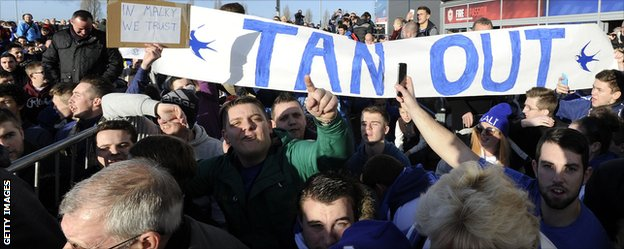 Cardiff fans protest