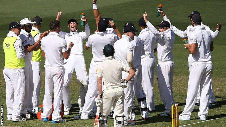 England celebrate dismissing George Bailey