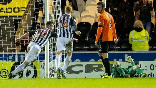 Highlights - St Mirren 4-1 Dundee United