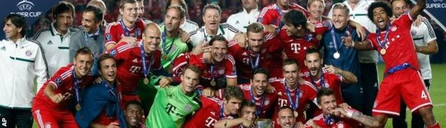Bayern Munich with Champions League trophy