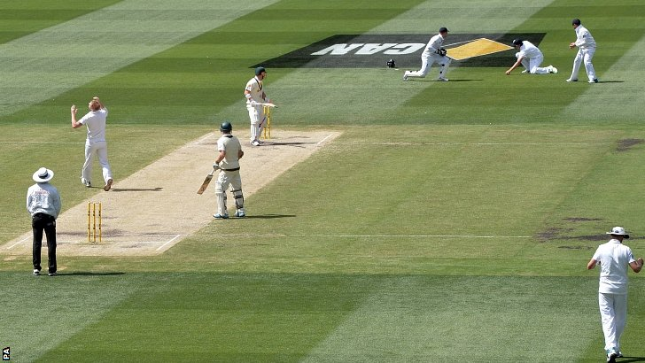 Alastair Cook drops a catch