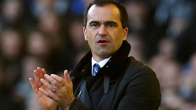 Roberto Martinez applauds his Everton side during their 2-1 win over Southampton