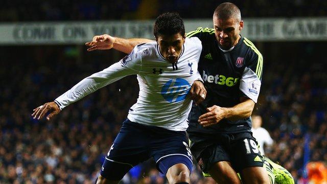 Tottenham Hotspur midfielder Paulinho