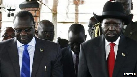 Riek Machar (left) and Salva Kiir in 2013