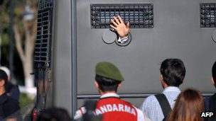 An armoured vehicle on 5 August 2013 carries a prisoner to a court in Silivri, near Istanbul, where prosecutors were due deliver their final arguments in the case against 275 people accused of plotting to overthrow the Islamic-leaning government