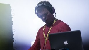 Pete Tong performing at Radio 1's Hackney Weekend