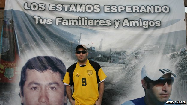 Chilean miner Carlos Barrios, one of the 33 recently rescued from San Jose mine, is seen upon arrival at his house in Copiapo, 800 km north of Santiago, on October 15, 2010