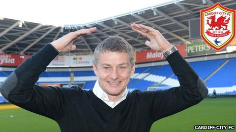 Ole Gunnar Solskjaer does the 'ayatollah'
