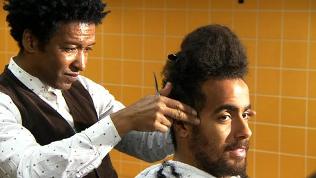 Tom Huddlestone gets a haircut