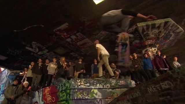 Skaters at the Southbank