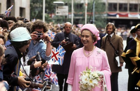The Queen wearing a Frederick Fox hat, Silver Jubilee 1977
