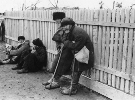 Ukrainian peasants during the famine of 1934