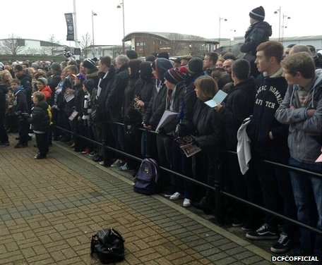 It's fair to say there's plenty of #dcfcfans waiting for the arrival of @chelseafc
