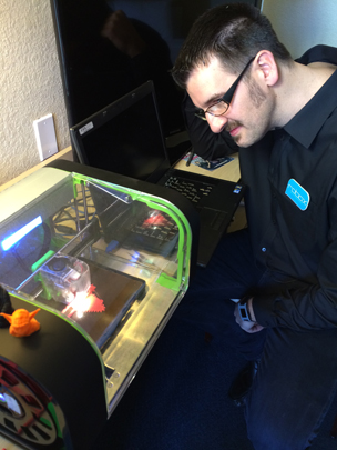 Chris Elsworthy and his 3D printer