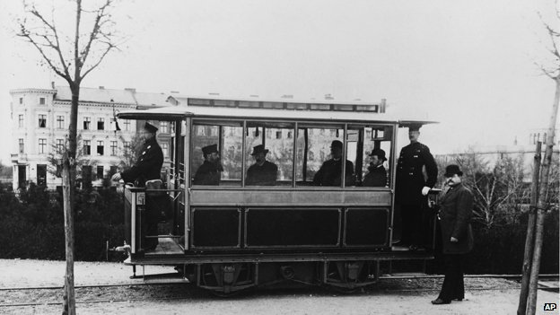 Germany's first electric streetcar, 1881
