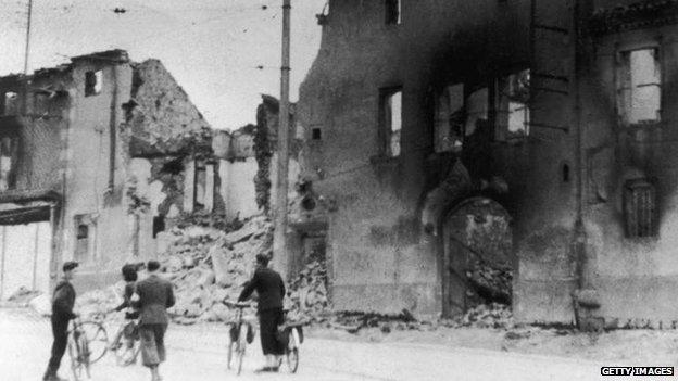 Oradour-sur-Glane, 1944