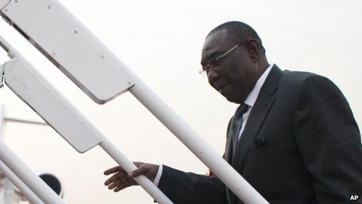 President Michel Djotodia boards a plane to fly to Chad (08.01.13)