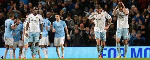 West Ham players look dejected