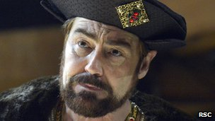 Nathaniel Parker as Henry VIII