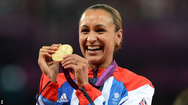 Jessica Ennis-Hill receives Gold at the 2012 Olympics