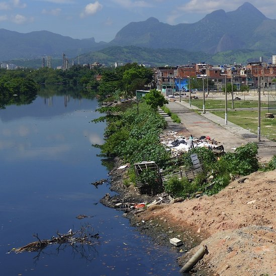 Shanty towns adjoining Guanabara Bay